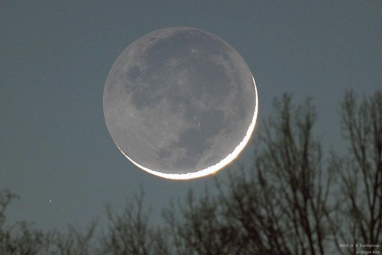 [크기변환]2019.3.8 Earthshine (지구조).jpg  배경 - 이름.jpg