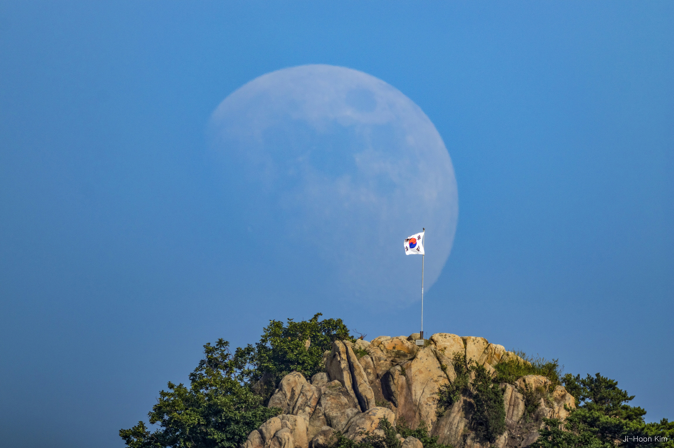 the moon and the flag .jpg